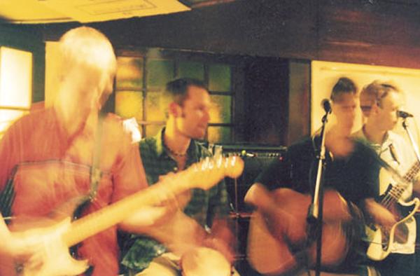 Live at the Fregatt Pub